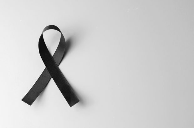 In memoriam black ribbon