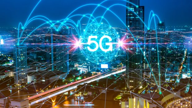 5G technology connecting cities