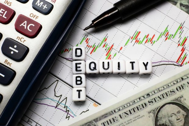 Debt to equity ratio chart with calculator and cash