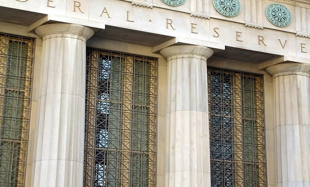 Federal Reserve building (Photo: iStock)