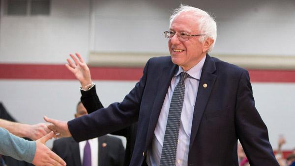 Sen. Bernie Sanders campaigning for president in 2016. (Photo: AP)
