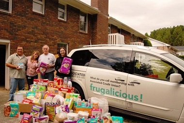 The Associated Credit Union Foundation delivered more than 3,000 diapers to Operation HomeFront Georgia after its diaper drive at Associated Credit Union offices throughout Metro Atlanta.