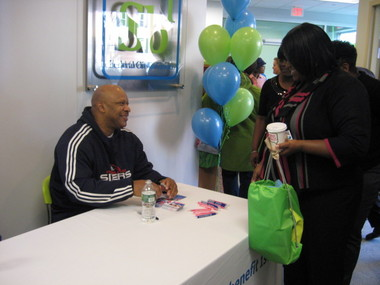 An autograph signing with former Philadelphia 76ers basketball star World B. Free was a highlight of the grand opening of Sb1 FCU's new downtown branch.