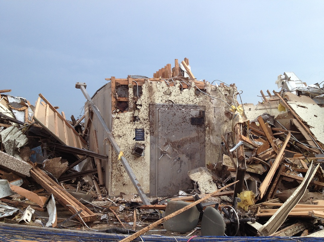 22 people survived the Moore, Oklahoma tornado in a credit union's vault.