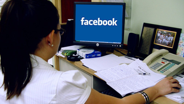 Social Media Could Violate Employment Laws: EEOC   Credit