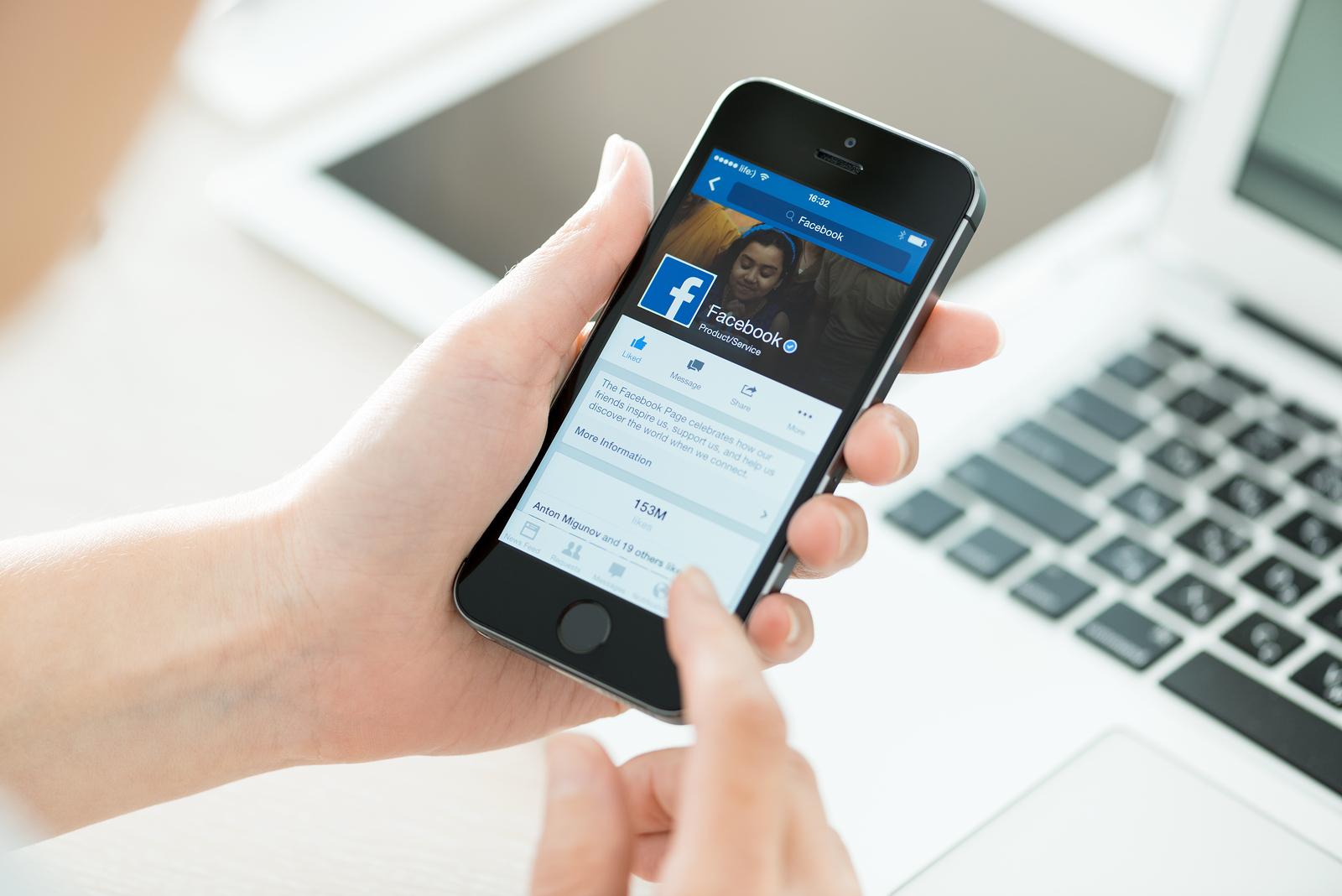 robbery evolves spying on social media sites facebook linkedin